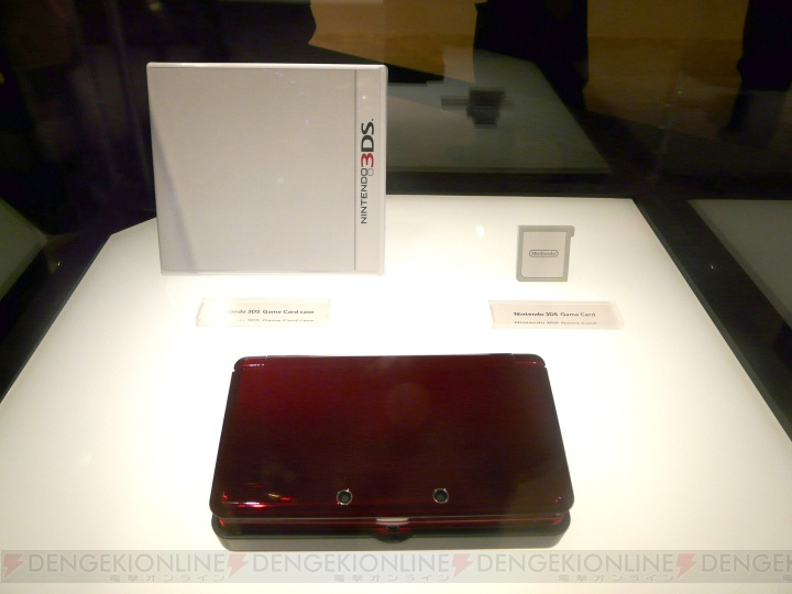 E3の会場で3DSのゲームカードとパッケージデザインが公開!