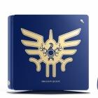 ロトの紋章が刻まれたPS4登場。装着可能なはぐれメタルUSBカバーフィギュアが同梱